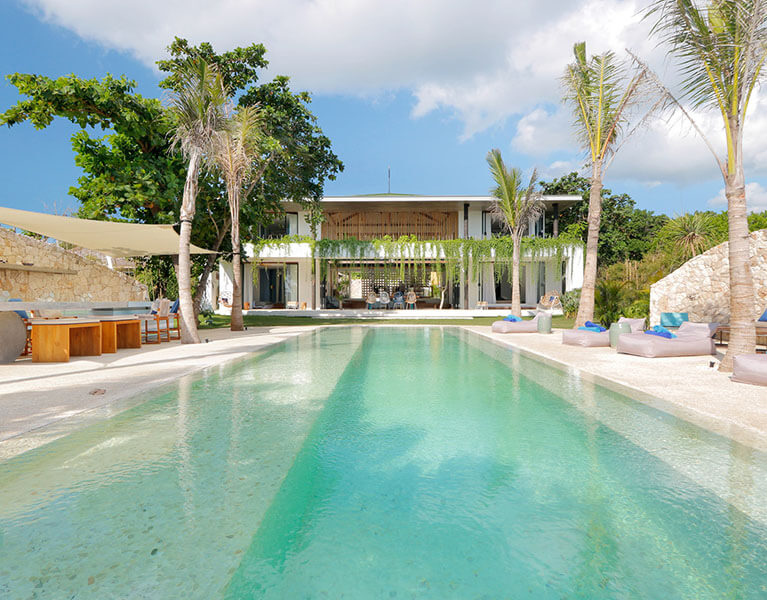 Links Villa Seascape Beachfront 5 Bedroom Private Villa Nusa Lembongan Indonesia